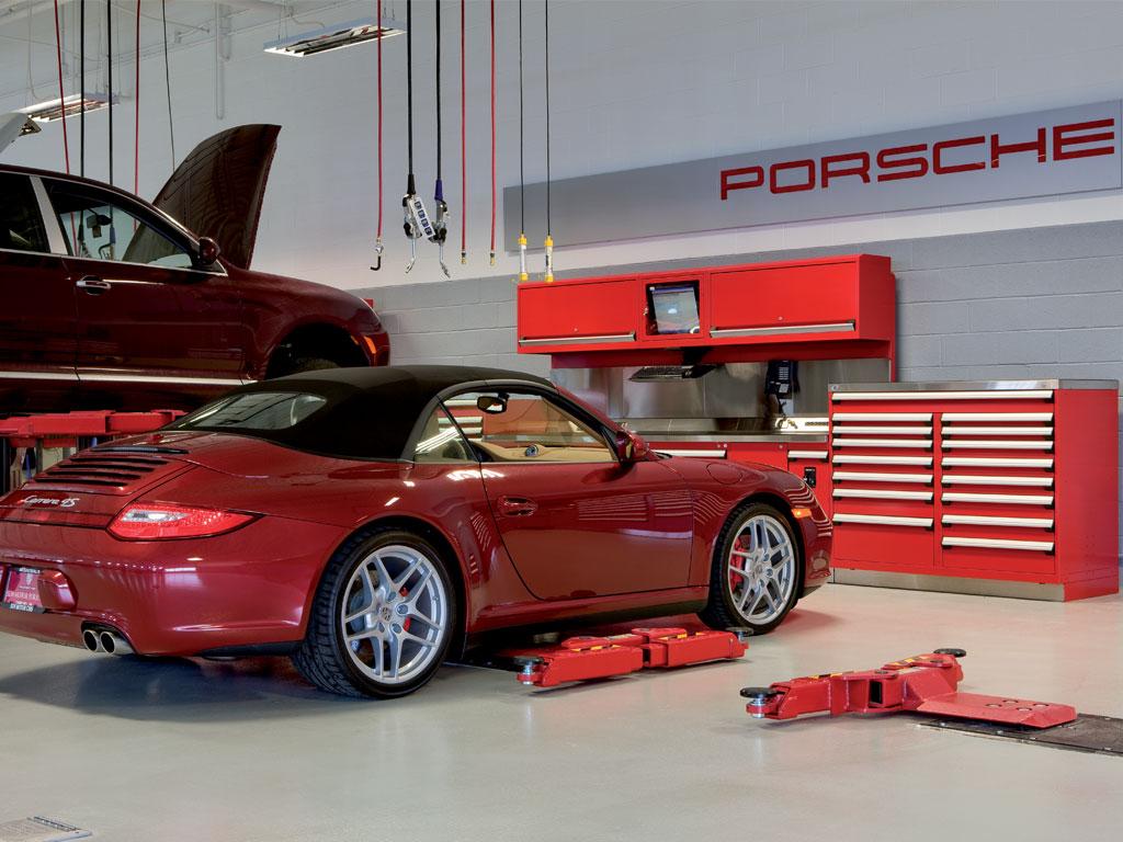 Sun Motor Cars Audi-Porsche, PA